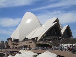 My pic of the famous opera house.