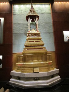 This is a replica of the highly revered temple of the Golden Buddha (which I will visit on my return trip from Chiang Mai). The original Bangkok temple is made entirely of gold like this one . . . but, weighs 5 and a half tons. Wow!