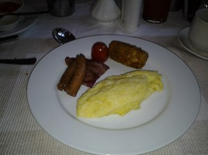 I love breakfast at the Sham baling Hotel. It is part of my accommodations. I usually start off with an omelet, bacon and sausages.