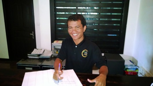 Rey, who is the manager at the hotel front desk. Very knowledgeable young man who speaks excellent English.