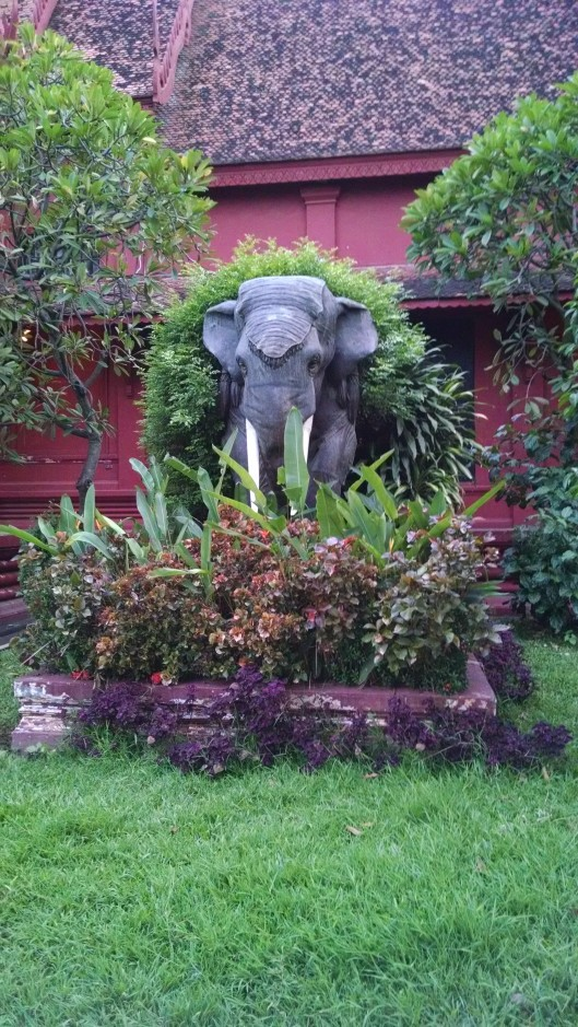 Lifesize elephant statue at the museum.