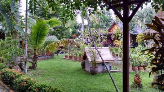 Thongbay Guesthouse gardens.