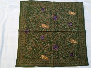 If you look closely (or click on the photo to enlarge it), there are birds in this batik.